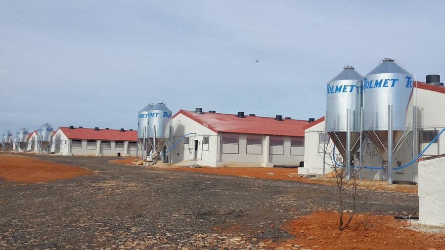 exterior granjas con silos